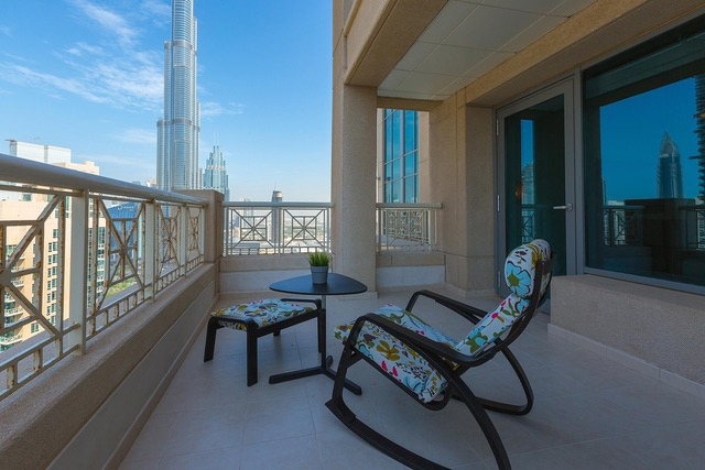 CITYSCAPE-VIBRANT-ONE-BEDROOM-Dubai-640×427